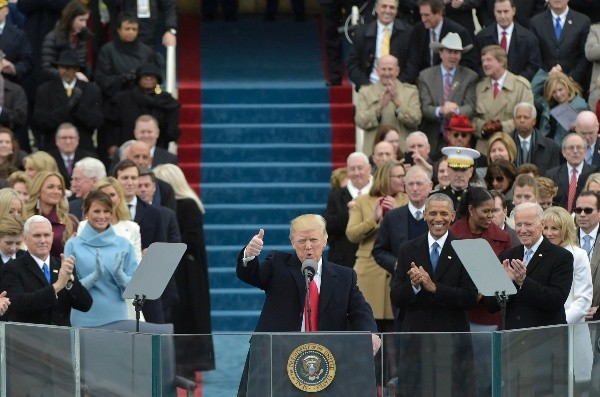 zzzzinte1US President Donald Trump addresses the crowd during his swearing-in ceremony  on January 20, 2017 at the US Capitol in Washington, DC. / AFP PHOTO / Mandel NGANzzzz